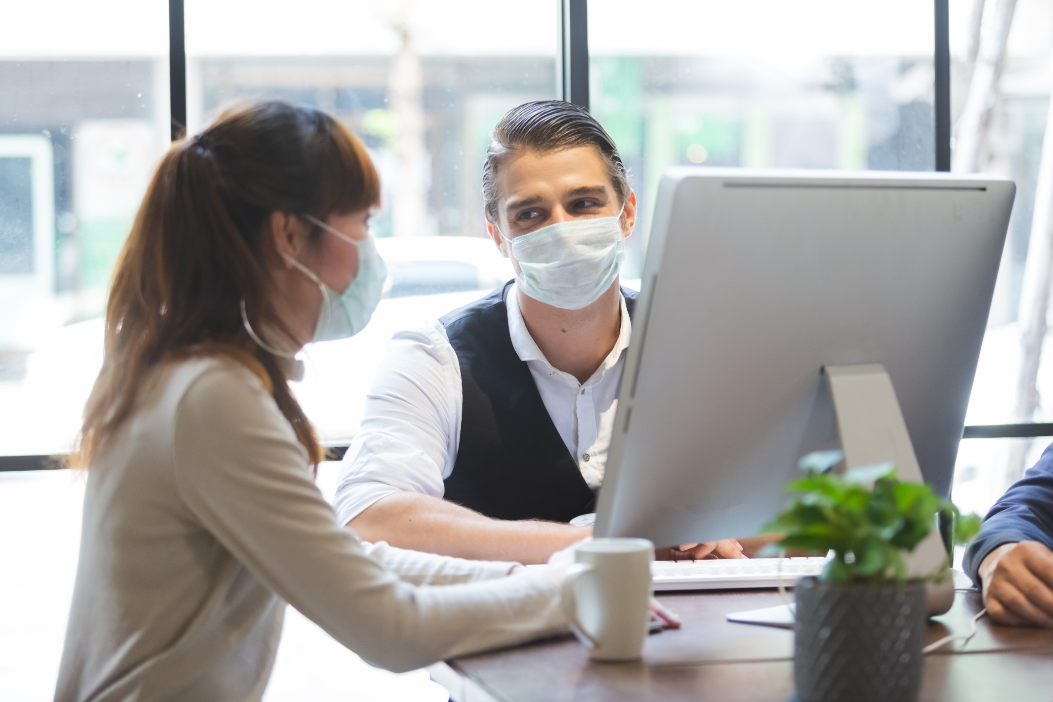 business-people-with-wearing-hygienic-mask-prophylactic-manager-talking-in-meeting-work-room-planning_t20_QKLKwA